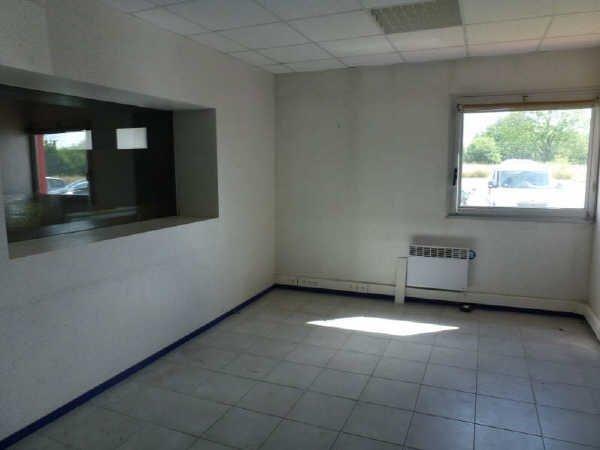 Entrepôt avec chambres froides en Zone Industrielle Nord de Limoges