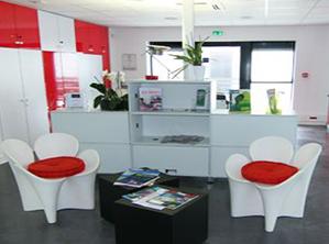 Bureaux, laboratoires et salles blanches sur le Parc Laseris à Le Barp