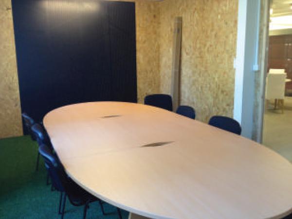 Bureaux en pépinières d'entreprises sur le Parc Newton à Bordeaux-Bègles