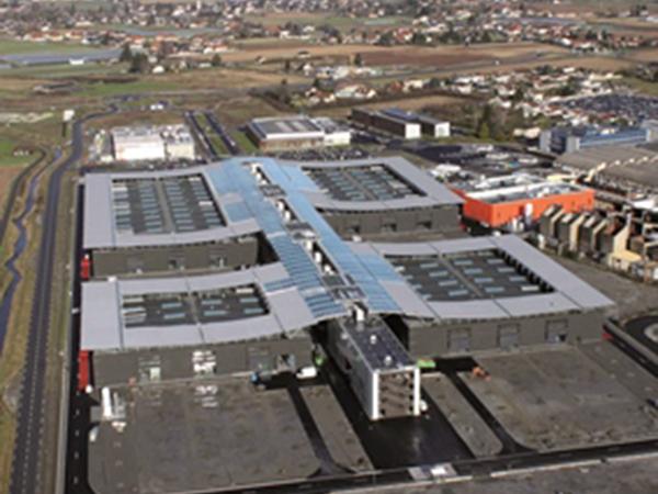 Terrain de 23 000 m² sur Aeropolis dédié à l'industrie et l'aéronautique