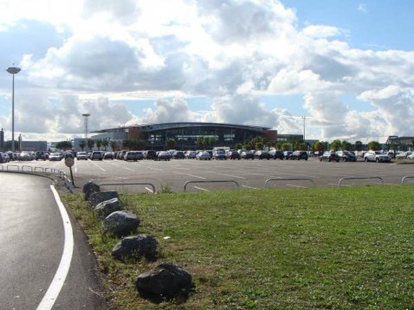 Terrains de 150 000 m² près de l'aéroport de Pau-Pyrénées