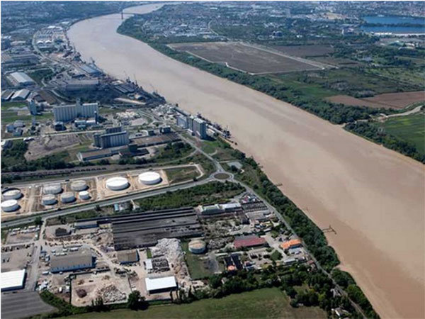 Terrains de 120 ha sur le port de Bordeaux - Terminal portuaire de Bassens