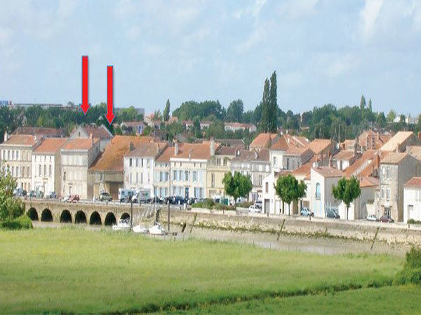 Etablissement bar et restaurant à saisir à Tonnay-Charente